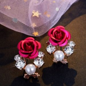Rose Pearl Sparkly Earrings